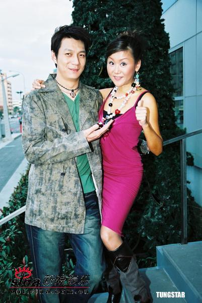 组图:蓝心湄聂云七年后再次携手主持跨年晚会