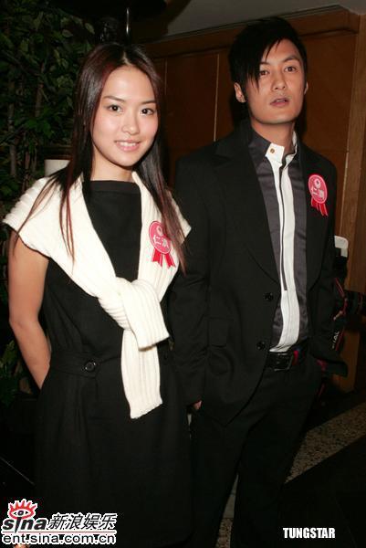 组图:梁咏琪被问及郑伊健拍吻戏表示不介意