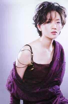 大哥称梅艳芳生前被禁锢香港媒体做回应(图)