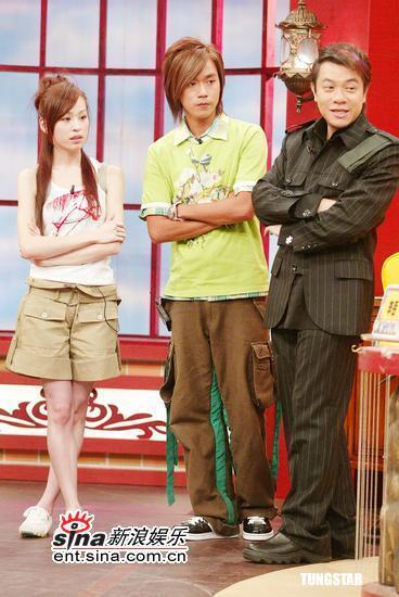 图文:王心凌参加《康熙来了》节目录制现场