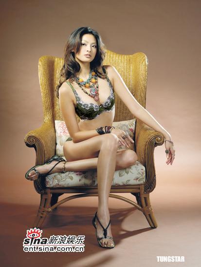 8月16日最美女星:林嘉绮美胸绽放激荡异国风情