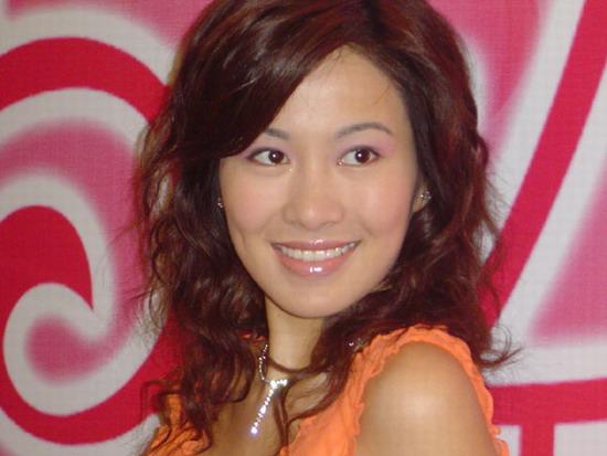 组图:叶璇华娱专访明星男士不会刻意卖弄性感