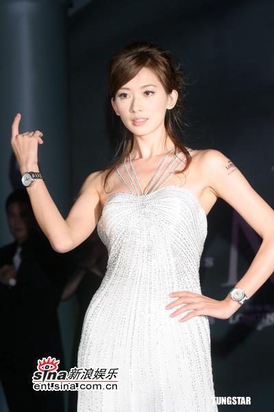 11月9日最美女星:林志玲复出代言4个月后走秀