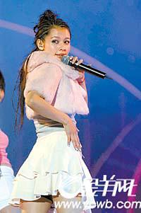 众艺人演唱会宣传反盗版8年持久战成闹剧(图)