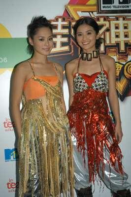 Twins亮相台湾演唱将设专房换衣增加安全感