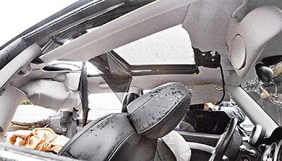 许玮伦小车前安全气囊没开导致受重伤致死(图)