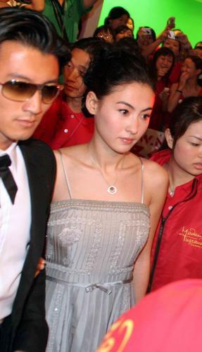 张柏芝承认和谢霆锋爱在《无极》时刻(组图)