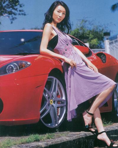 法拉利跑车配美女郭可盈拍摄时尚杂志(组图)