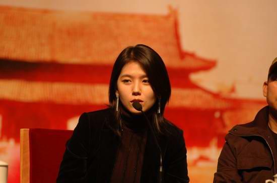 图文:李恩珠2004北京韩国电影展之行-李恩珠
