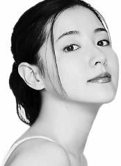 李英爱偶像是刘德华想当地下歌手演音乐剧(图)
