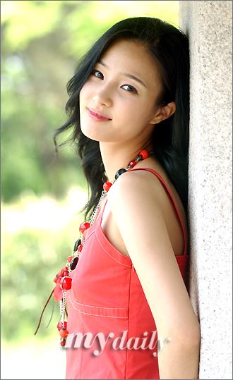 韩国春香小姐姜艺率:李俊基太女人喜欢健壮型