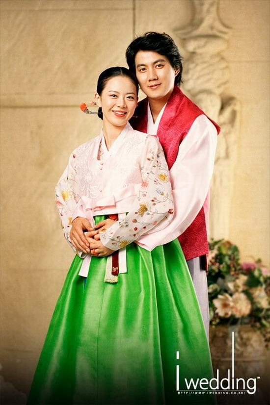 韩星柳镇大婚在即结婚照秀恩爱新鲜出炉(组图)