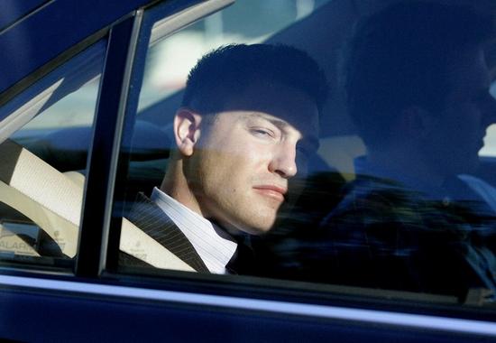 组图:《越狱》男星莱恩加里森醉驾撞人案开庭