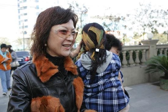 北京朝阳法院公布鉴定结果高峰确为孩子生父