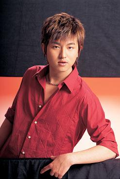 活力新偶像杨小乐主持优则唱将新推单曲(附图)