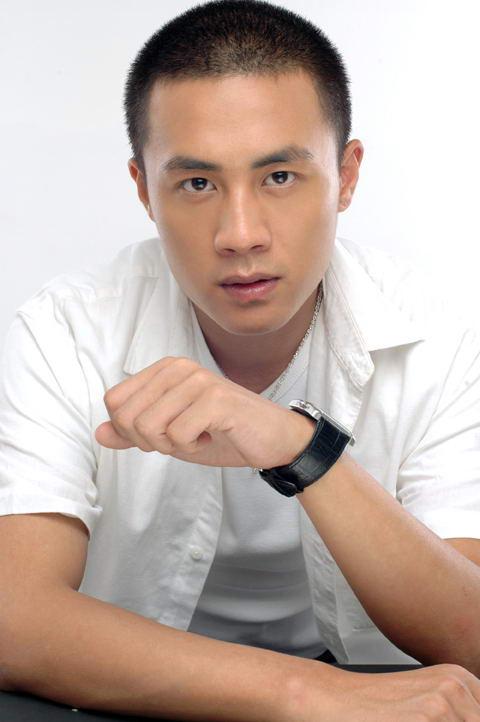 《大旗英雄传》杜淳言承旭黄海冰竞争男一号