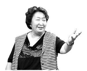 彭玉古稀之年当北漂 女儿为她寻浪漫(图)