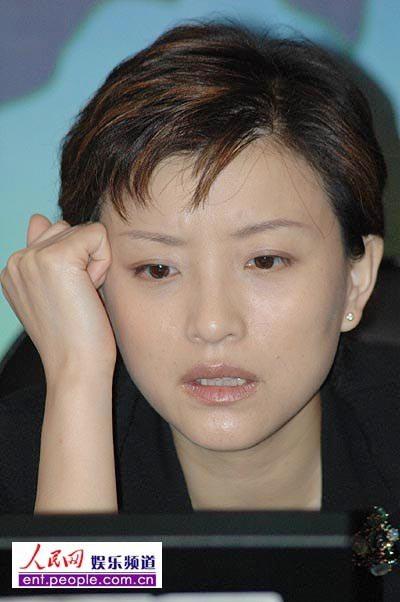 杨澜对芙蓉姐姐没偏见:美丽有很多定义(组图)