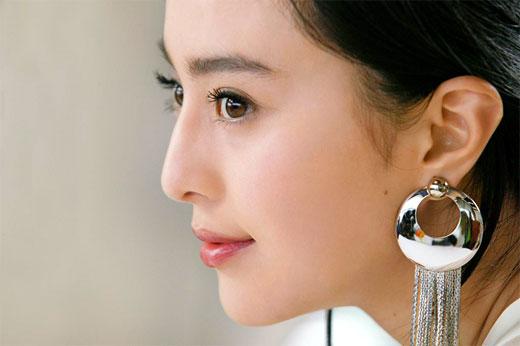 8月15日最美女星:范冰冰美白广告令人心动