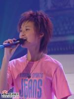 组图:05星姐总决赛李宇春魅力开唱引尖叫一片