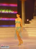 组图:05星姐总决选泳装秀梦想之美佳丽排名