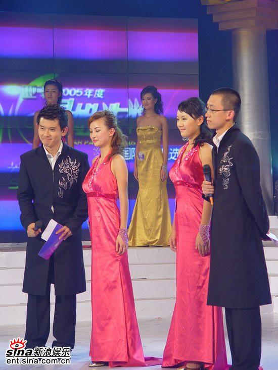 组图:唐琳达PK黄烁汀获胜荣获星姐第二亚军