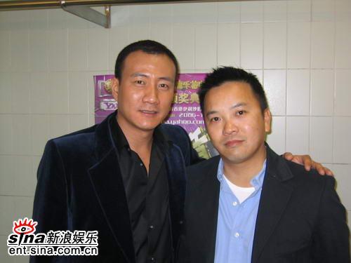胡军亮相榜中榜作为内地唯一男嘉宾颁奖(图)