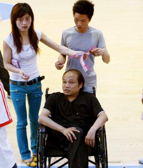超女长沙赛区异军突起残疾老师携弟子报名(图)