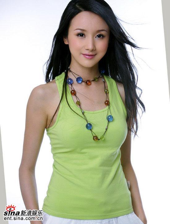孙菲菲等女星夏季穿衣有绝招传授美丽经(图)