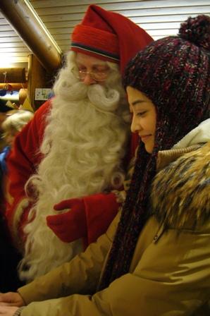 梅婷唱芬兰情歌谢影迷和圣诞老人一起送明信片
