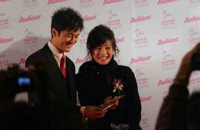 世界华人慈善夜群星闪耀名人明星昨晚齐聚盛会