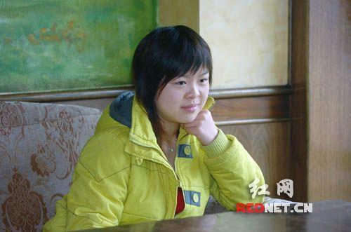 17岁少女欲整容成李湘演电影用脸换个角色(图)