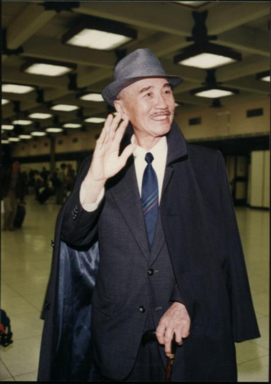 蒋介石/赵恒多饰演蒋介石