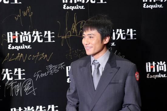 组图:2005时尚先生揭晓刘烨成娱乐领军人物