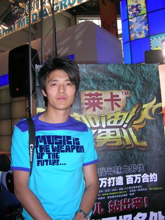 组图:杭州赛区超级男模走秀庾澄庆现身现场