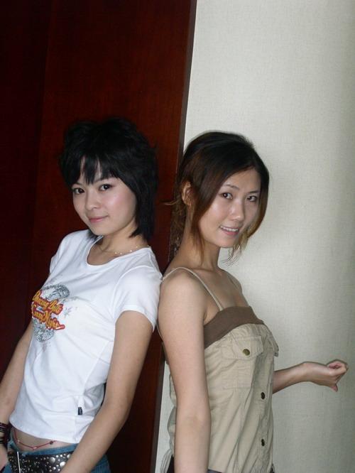 女同学的屄_湖南星姐报名如火如荼 短发女孩帅气逼人(组图)
