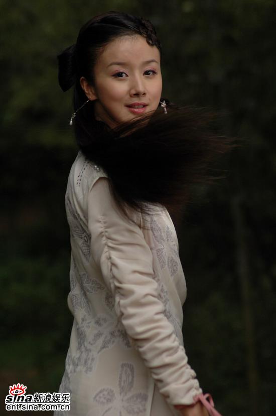 组图:蒋勤勤刘亦菲孙菲菲古典玉女争妍古装戏