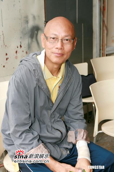 香港演员关海山病逝众友人深情悼念(组图)