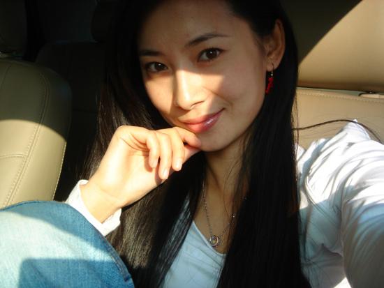 女人生值器全囹�'_美女徐筠对镜素颜自拍 美人图风靡网络(组图)