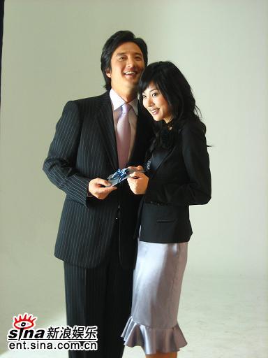 组图:符馨尹携手郑俊浩拍广告扮夫妻尽显幸福