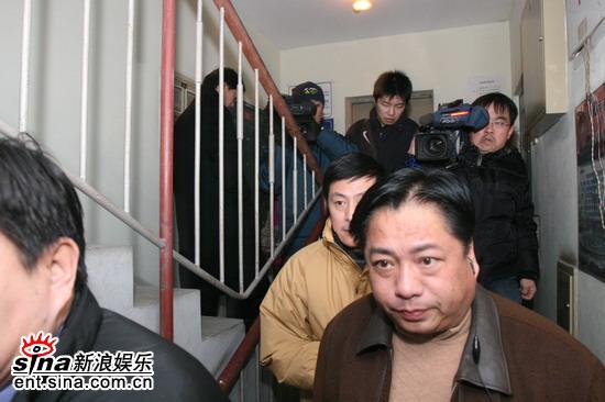 组图:刘伟刘全刚送别马季祝愿其一路好走