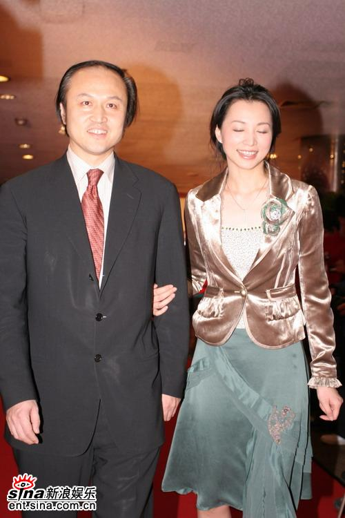 图文:BQ2006年度红人榜--张延平与董卿