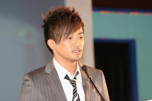 图文:苏有朋获年度港台地区最受欢迎男明星