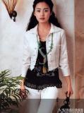 4月19日最美女星:金泰熙柔美风情写真展浪漫气