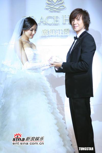 组图:5月9日时尚关键词--浪漫白色婚纱