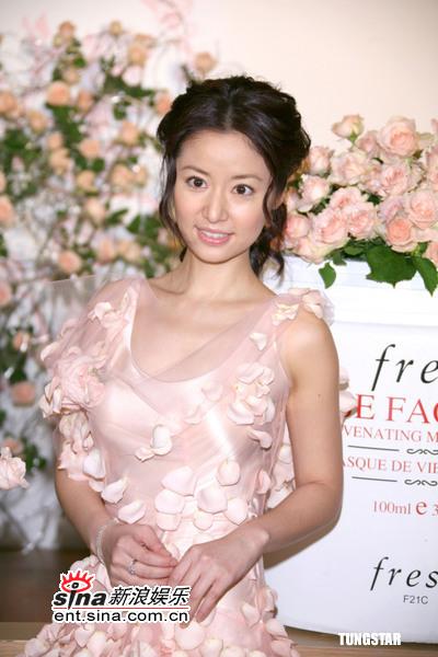 组图:5月18日时尚关键词--华丽玫瑰仙子裙