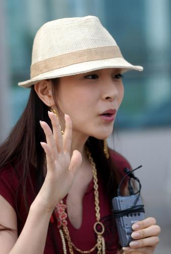 组图:6月16日时尚关键词--清爽麻布太阳帽