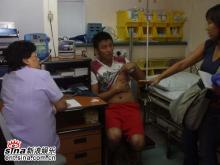 组图:胡兵拍戏意外受伤带伤拍摄尽显男儿本色