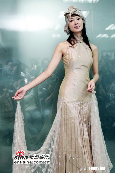 图文:林志玲美丽变身--林志玲衬出古典气质