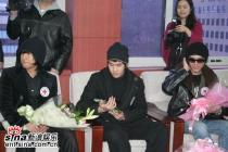 组图:sgwannabe与李英雅受颁红十字宣传大使